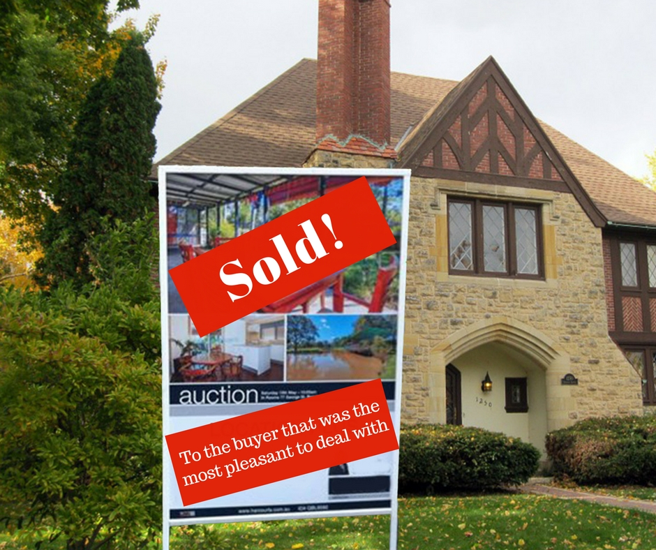 Home buying tactics that can backfire on the buyer for Websites for buying homes